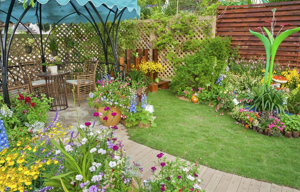 23 Super Cool Backyard Garden Ideas on Cool Backyard Designs id=58871