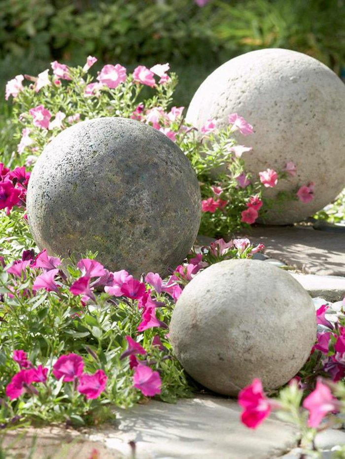 concrete garden spheres - Concrete Garden Decor