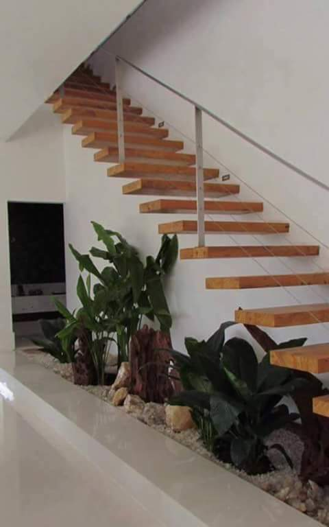 Small Garden Under Stairs Www Picswe Com