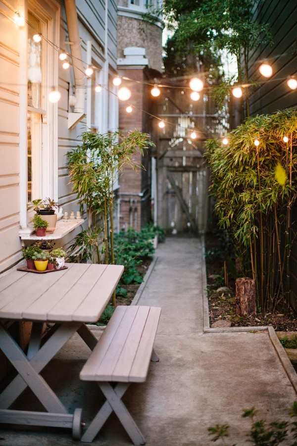 15 Absolutely Stunning Side Yard Decor Ideas You Must See on Small Side Yard Ideas id=55535