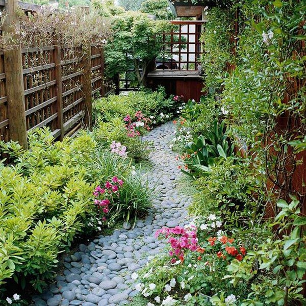 Side And Backyard Idea: 15 Absolutely Stunning Side Yard Decor Ideas You Must See