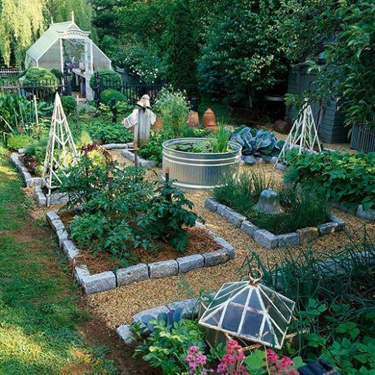 10 Creative Vegetable Garden Ideas: 10 Excellent DIY Garden Ideas People Use To Grow Fruits