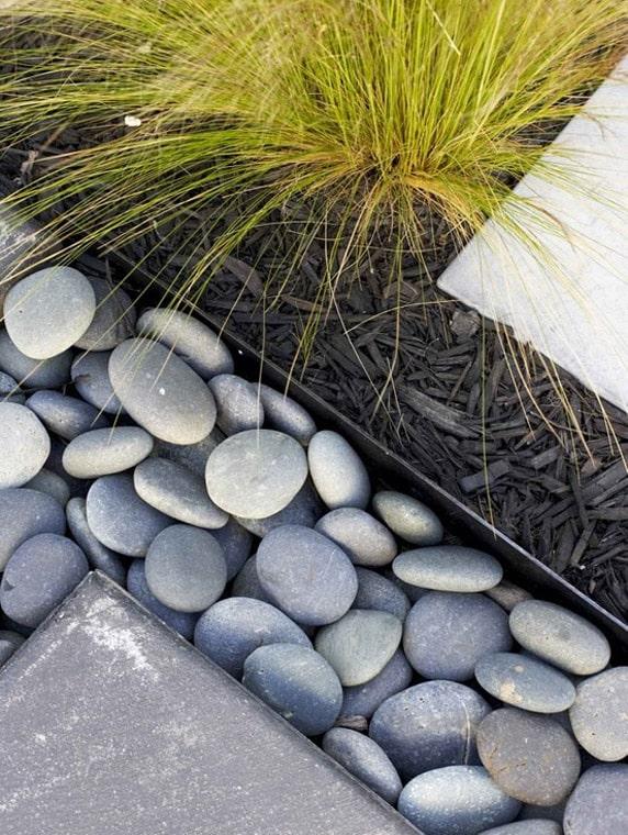 10 Garden Edging Ideas With Bricks And Rocks