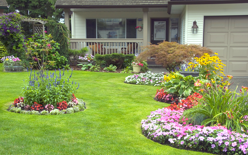 15 wonderful landscaping ideas to beautify your front yard - Flower and lawn landscaping ideas ...