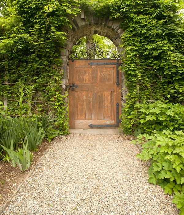 20 Amazing Garden Gate Ideas Which Make a Great First Impression