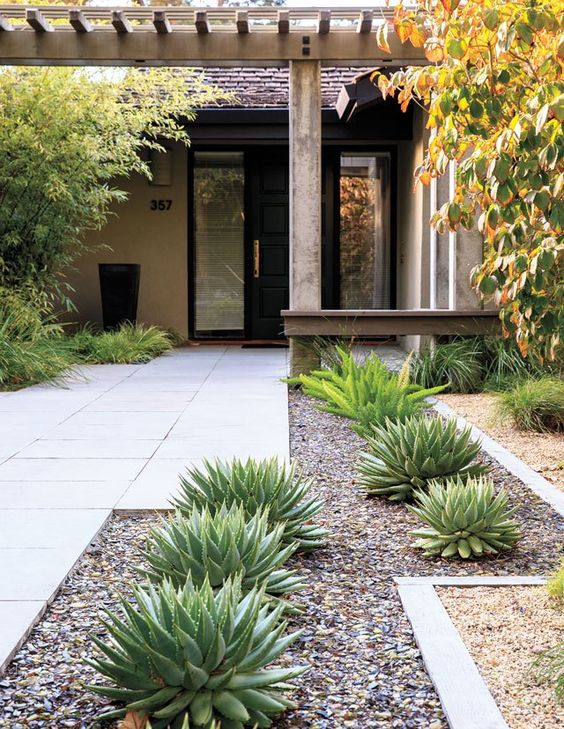 Below We Have Picked Several Low Water Landscaping Ideas That You Can Get  Inspired From. Letu0027s Check Them Out!